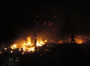 Постройка у церкви вспыхнула в Волжском