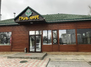 В Волжском построили «Гриль-кафе» с «живым огнем» в охотничьем домике