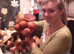 Белый гриб весом больше килограмма и «море» подосиновиков: где волжские грибники собрали такие трофеи