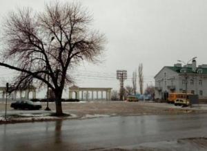 В предновогодний день в Волжском синоптики обещают, что снега не будет