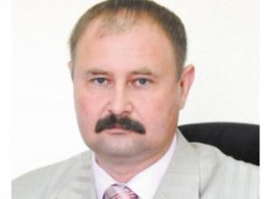 Экс-депутат Волжского и его супруга ответят за присвоение денег