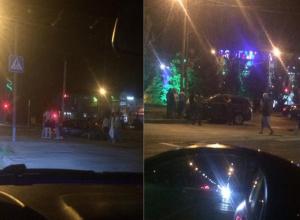Серьезная авария в Волжском: кроссовер «улетел» в столб