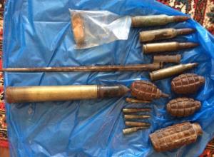 Волжанин из поискового отряда выкрал с раскопок боеприпасы и штык-нож времен войны