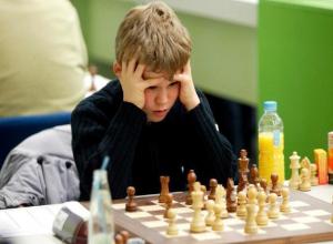 В финал турнира «Великая пешка» вышли 300 волжских школьников