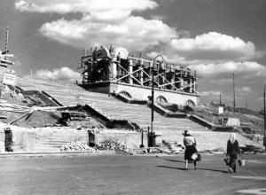 Волжский прежде и теперь: стадион им. Ф. Г. Логинова
