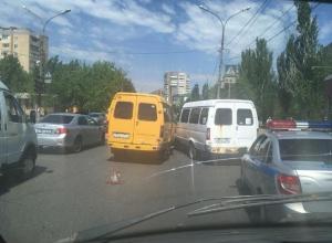 Волжская маршрутка №14 «засветилась» в ДТП
