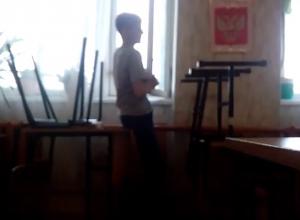 Школьницы подбили одноклассника на опасный трюк на перемене в Волжском