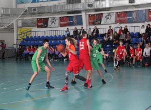 Лучшие баскетболисты Волжского сыграли «Матч Звезд»