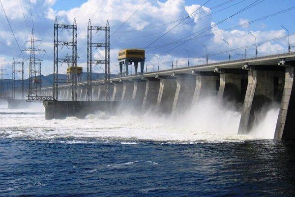 Утвержденный график сброса воды для Волжской ГЭС вдвое меньше необходимого