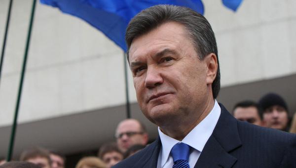 Экс-президент Украины Виктор Янукович гуляет поВолгограду