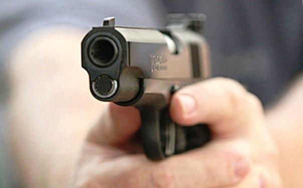 В Волжском вступил в силу приговор в отношении дебоширов, стрелявших из травматического пистолета