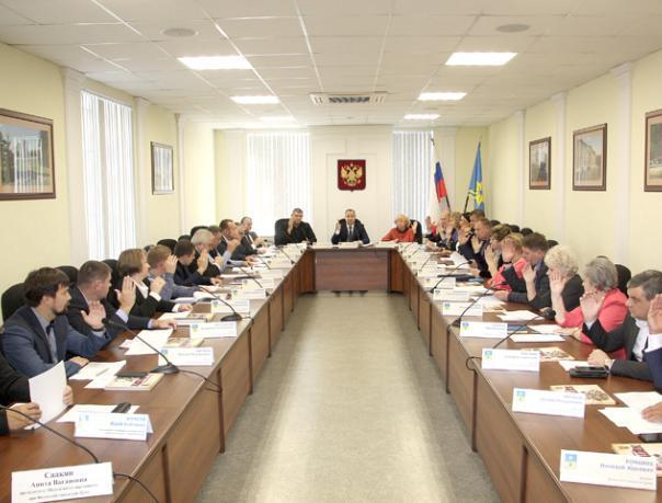 Депутаты приняли поправки в горбюджет Волжского