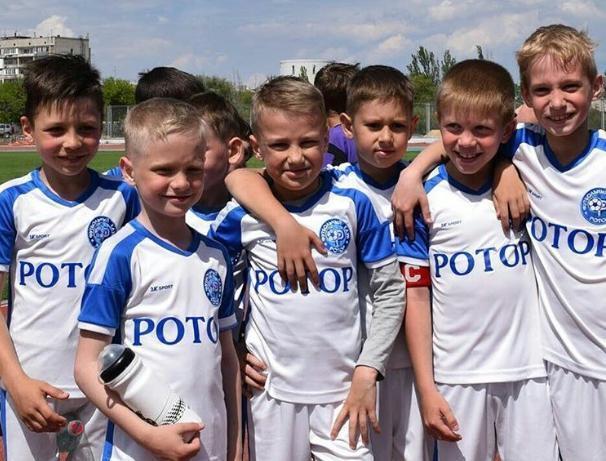 ФК «Ротор» улучшает свое финансовое положение за счет детей