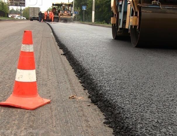 Десятки участков внутриквартальных дорог отремонтировали в Волжском