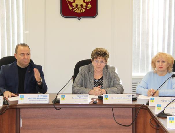 Область пытается «забрать» у горбюджета Волжского 200 миллионов