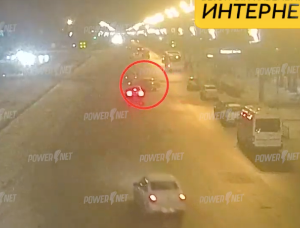 Автомобилист устроил ДТП, проехав поперек дороги в Волжском