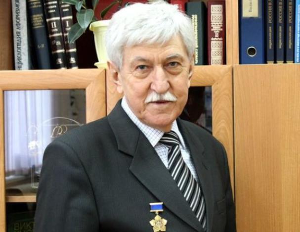 В Волжском скончался автор гимна города Евгений Крюков