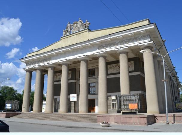В Волжском ожидается ремонт ДК ВГС И ЦККИ «Октябрь»
