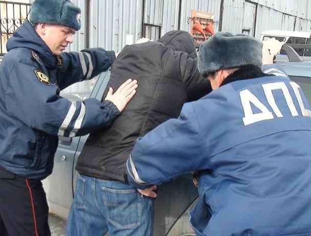 Дорожная полиция поймала наркоторговцев в Волжском