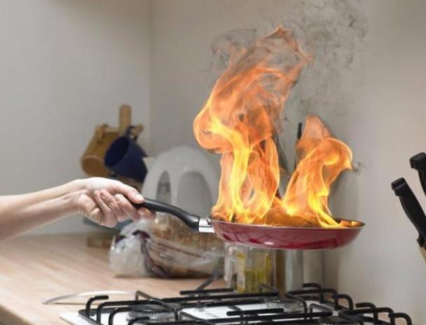 Женщина ввозрасте 63 лет погибла впожаре вРуднянском районе