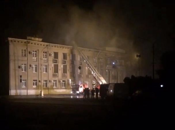 ВВолжском полыхает здания администрации городского округа
