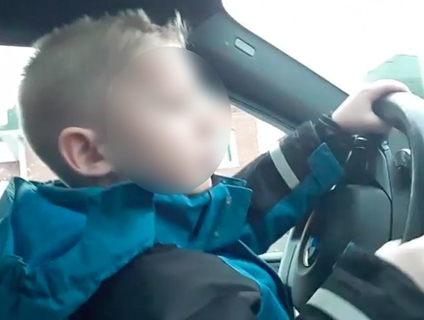 Детсадовец проехал за рулем BMW в Волжском