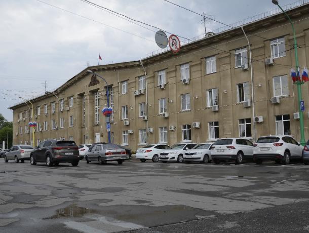Активисты попросили губернатора региона проверить бюджет Волжского