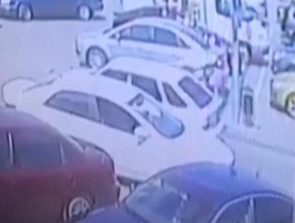 Волжанка стала жертвой таксиста
