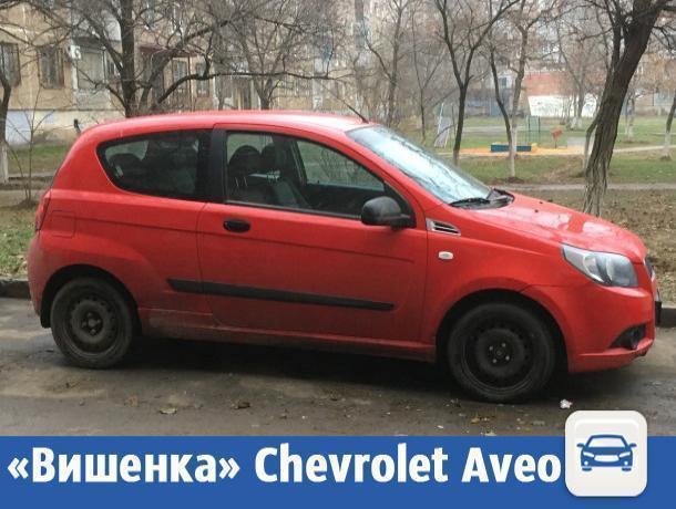 Красная Chevrolet начала поиски хозяина в Волжском