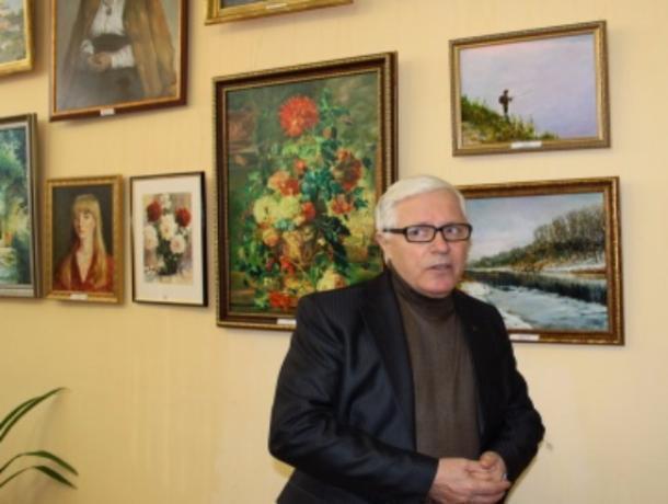 Депутат-художник Владимир Родионов презентовал 58 картин в Волжском