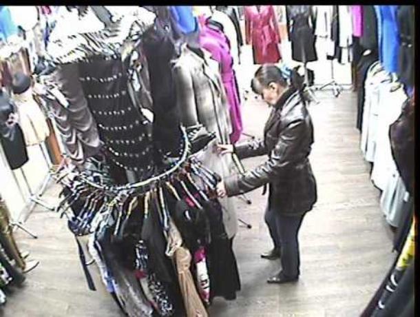 В Волжском задержали 29-летнюю клептоманку, обокравшую дорогой бутик