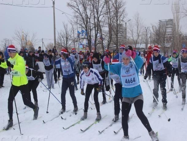 Волжан всех возрастов созвали на лыжные забеги