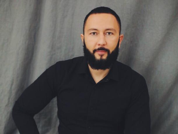 С днем рождения Волжский поздравляет Рустам Ахмедов!