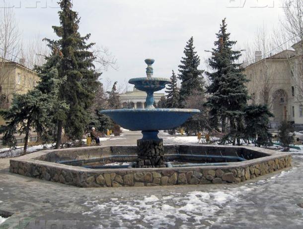Мэрия Волжского решила потратить на фонтаны почти три миллиона рублей