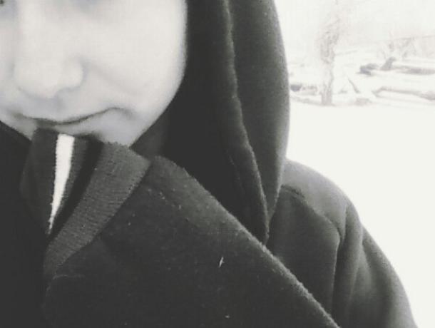 Девочки избили меня, потому что я общалась с другом, - пострадавшая школьница в Ленинске