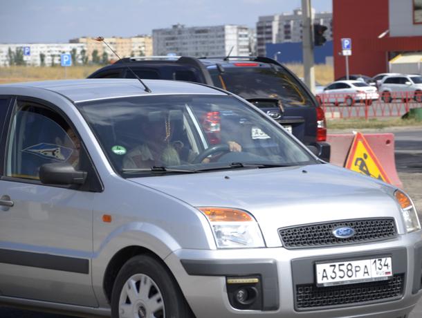 Девять автомобилистов получили штраф за превышение ПДК в Волжском