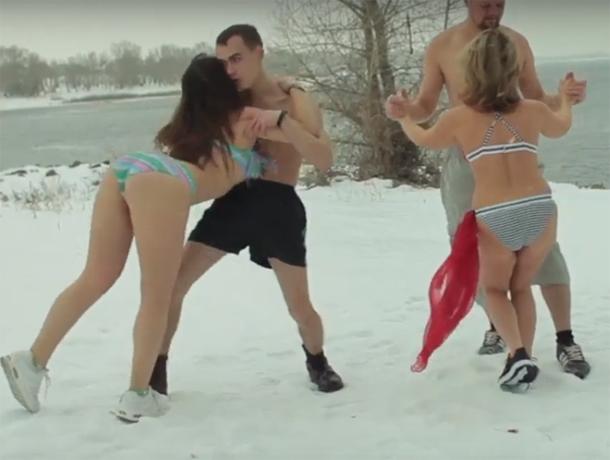 Горячие латинские танцы на волжском снегу