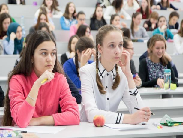 Врегиональный этап Всероссийской олимпиады вышли 238 волжских старшеклассников