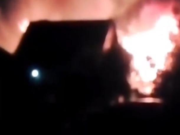 Ночью в Краснослободске сгорели дотла два дома