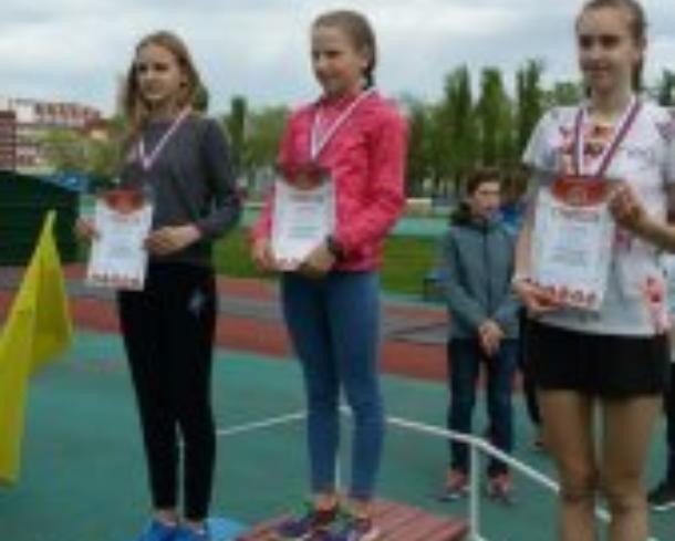 Волжские легкоатлеты привезли медали с областных соревнований