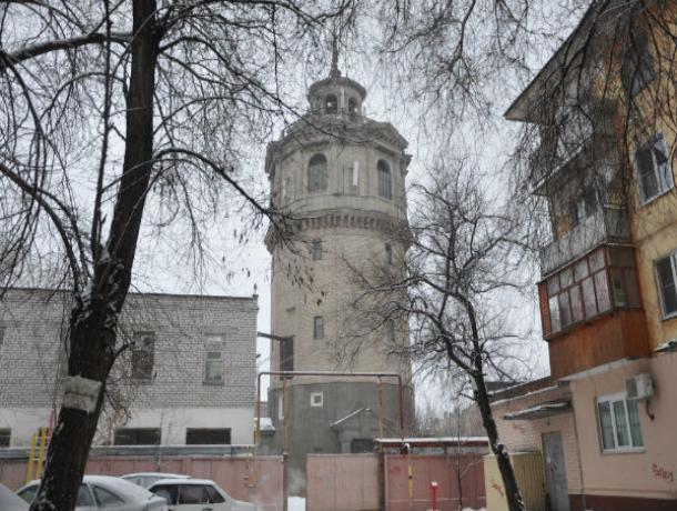 Мэрия Волжского решила приватизировать, а затем продать старую башню