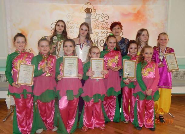 С россыпью наград вернулись волжские танцоры с международного фестиваля