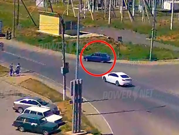 Российский автопром ринулся под колеса иномарки