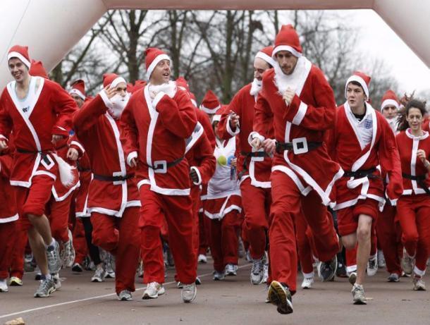 Попарку вВолжском пробегут 150 Дедов Морозов