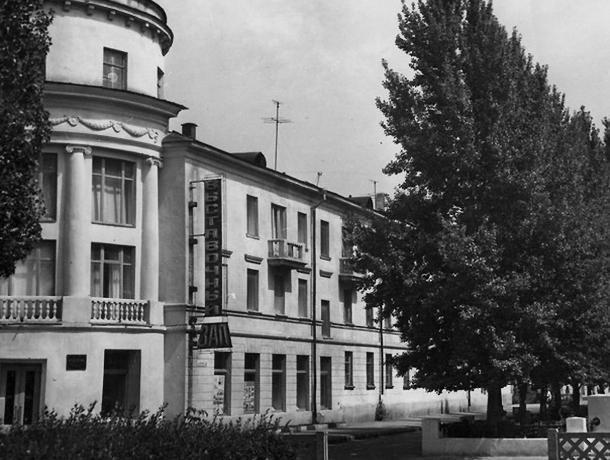 Четверть века назад две улицы Волжского объединило одно событие