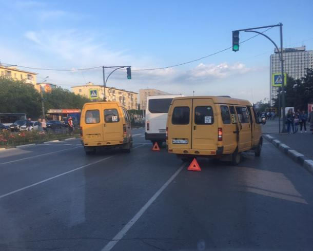 Понедельник в Волжском стал «днем жестянщика»