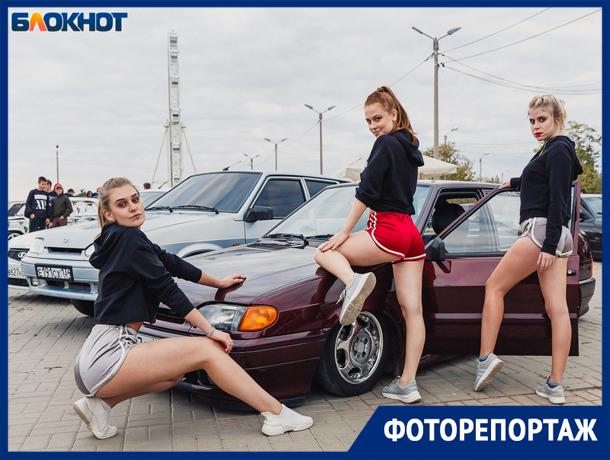 Любители автотюнинга собрались на закрытии сезона