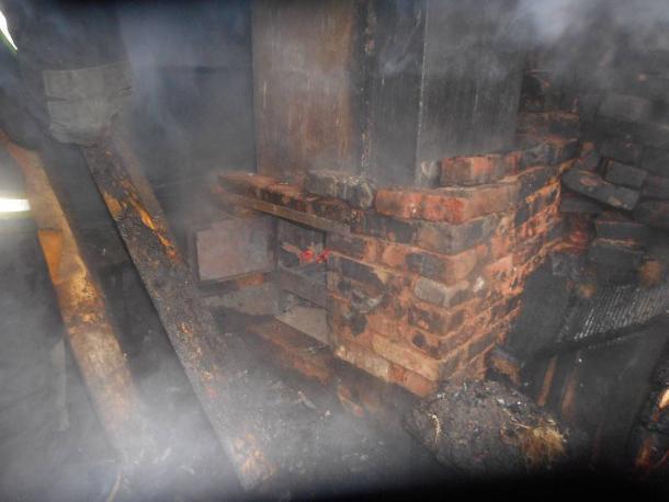 В Волжском  полыхала  баня