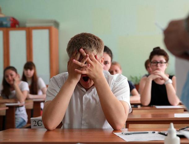 Выпускники нуждаются в психологической помощи