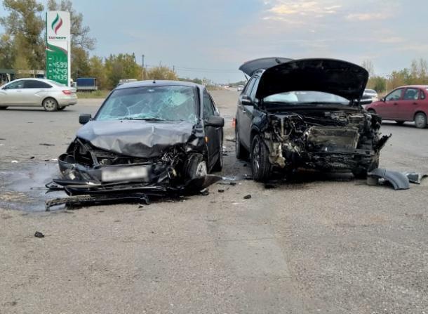 Несколько аварий произошло в пятницу  - есть пострадавшие